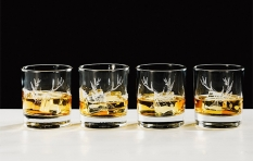 4-er Set Whiskygläser mit Hirschgravur